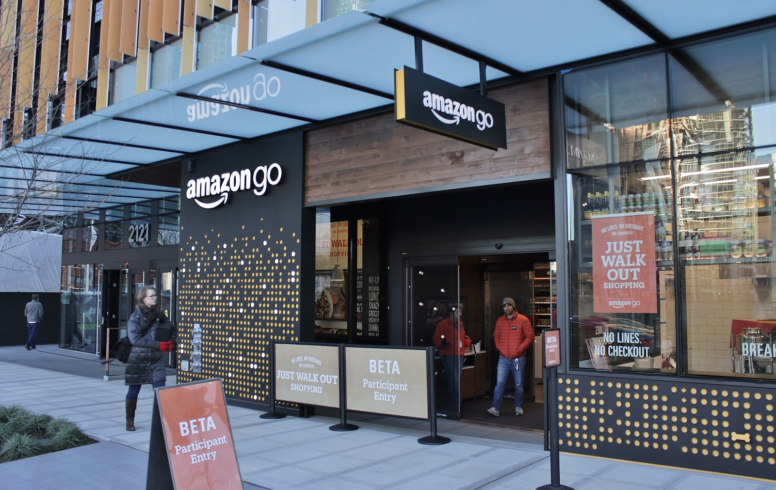 After conquering e-commerce, Amazon is expanding into retail stores.